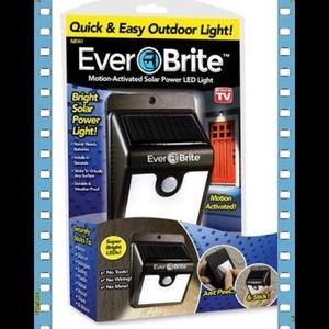 Ever Brite Solar Powered Cordless Outdoor LED Moti